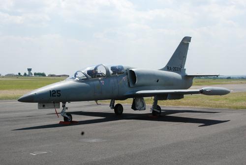 avion-de-chasse-paris-2
