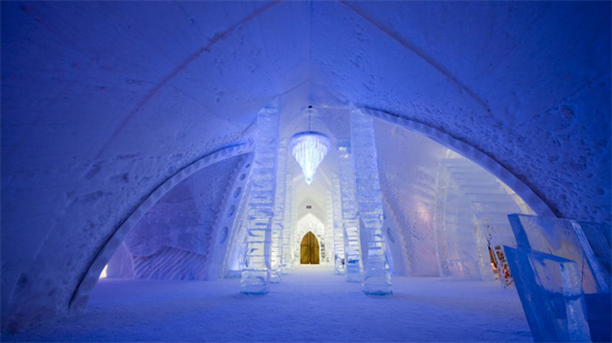 hotel-de-glace-canada-11
